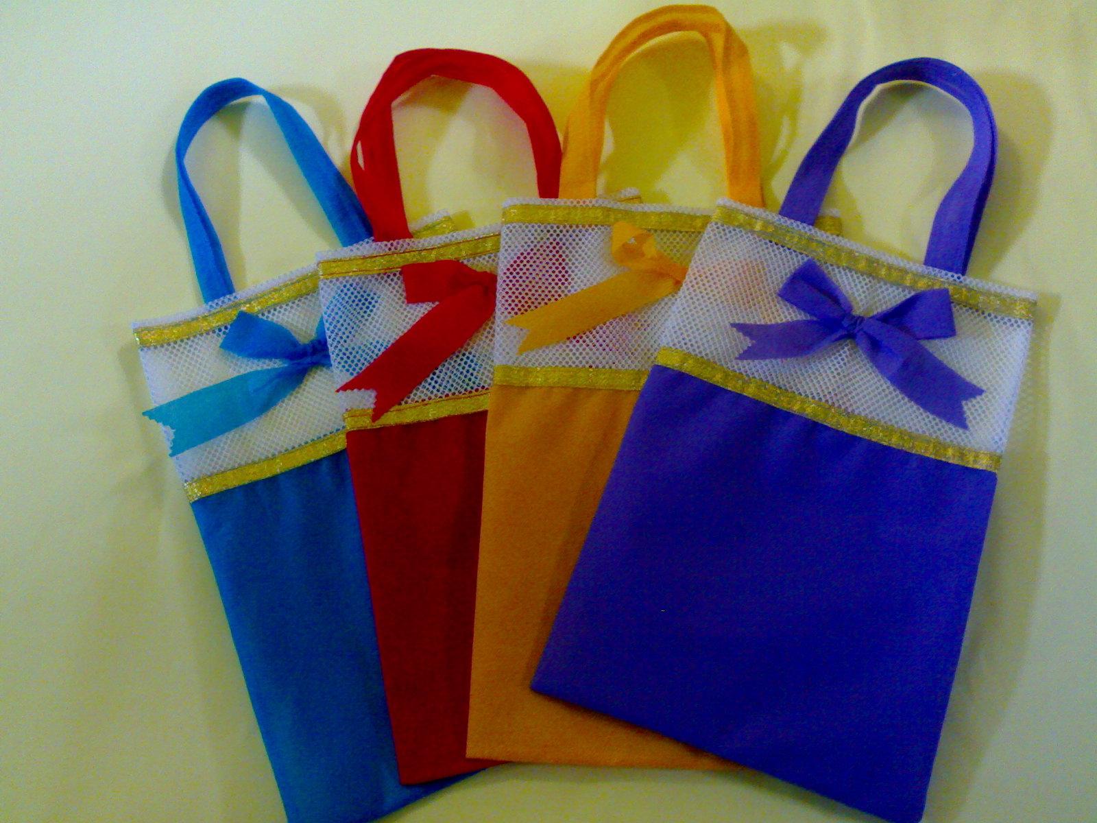 Mengenal Jenis Bahan Pembuatan Tas Souvenir